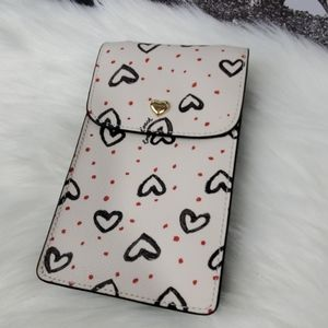 NWT Coach CRY Heart NS Phone Xbody
